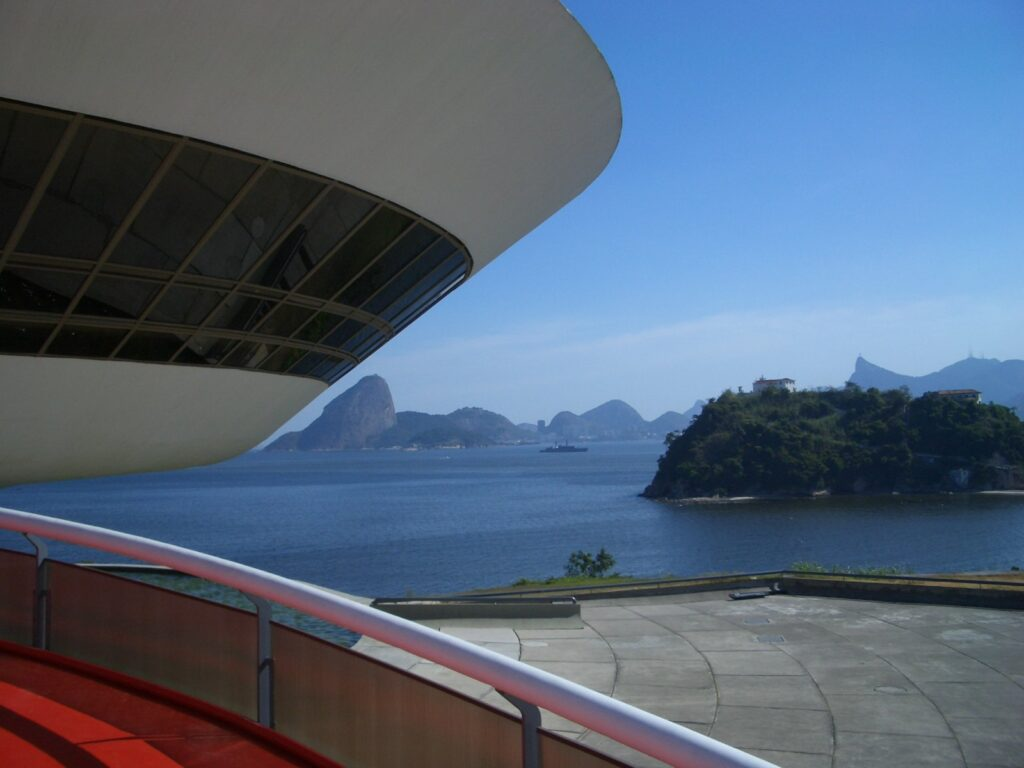 Muzeum Sztuki Współczesnej w Niterói