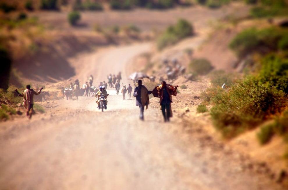 Pielgrzymi na drodze do Lalibeli (sameffron)
